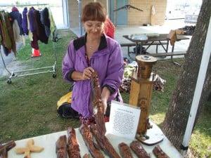 HW-vendor-wood
