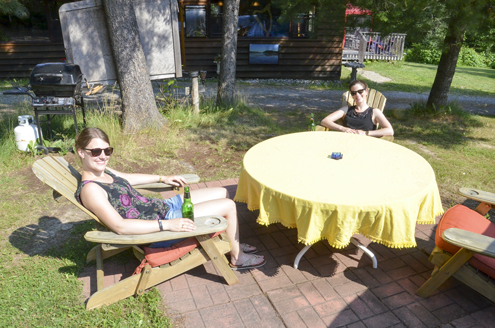 Martina Gundyra and Fredica Heitz of Dortmund, Germany were on hand to help out with the festival, their next destination is Toronto and then onto Niagara Falls.