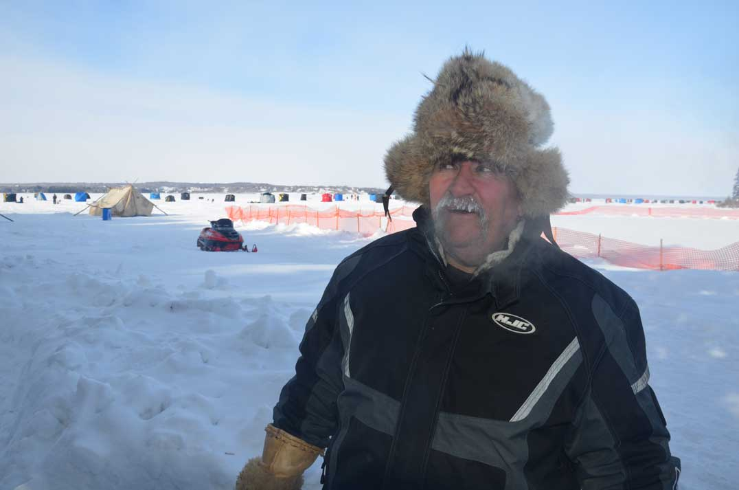 Wiky-icefishing-8
